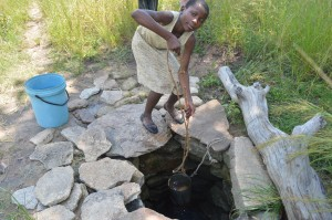 Girl-Collecting-Water2